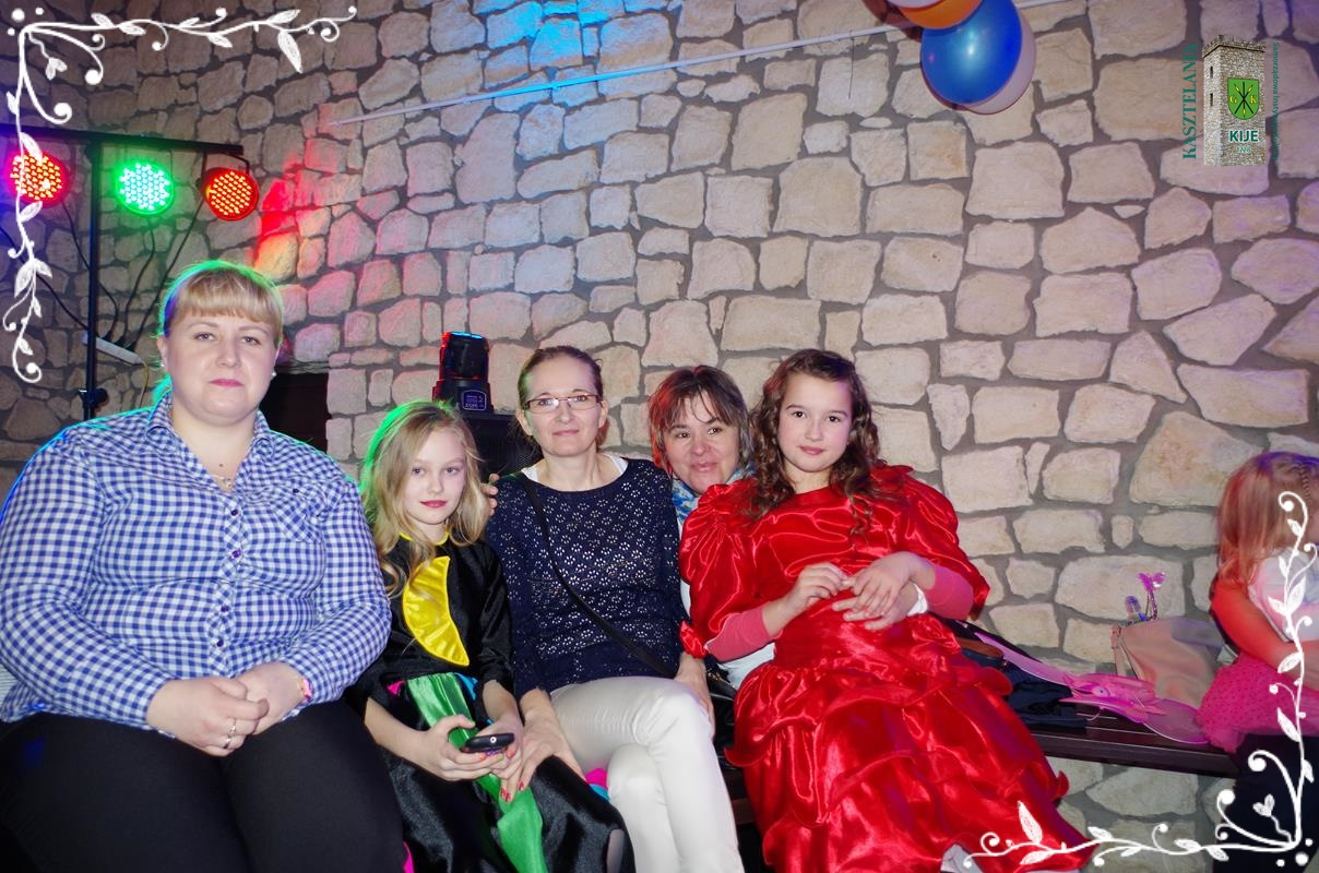 images/galleries/imprezy/2017/bal_karnawalowy/IMGP9490
